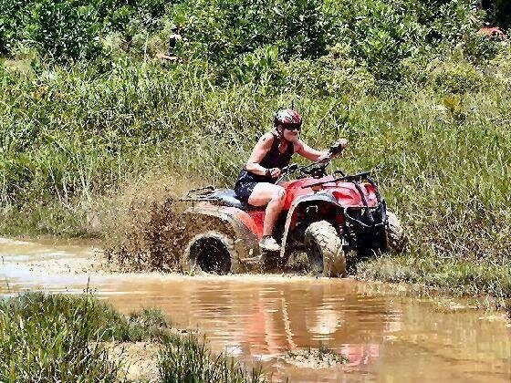 Quad Bikes. Individual transfer from Pattaya
